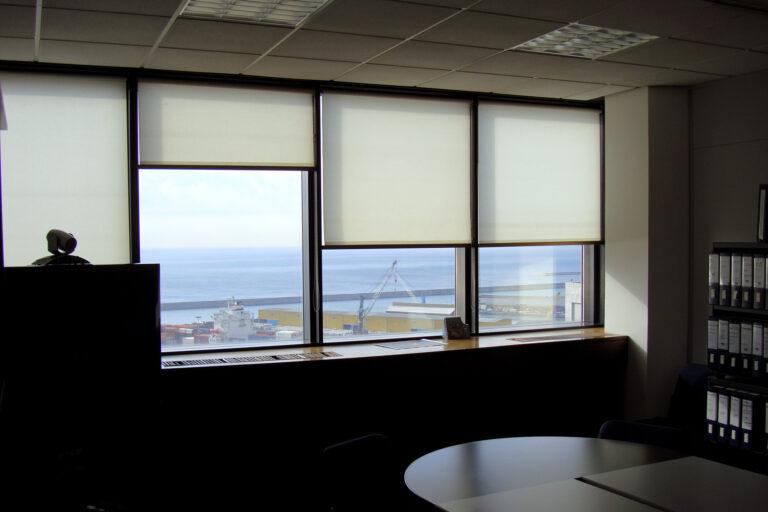 Vista sud sul Porto di Genova
